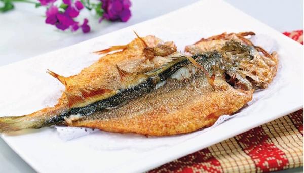 脆鳞海鲈鱼